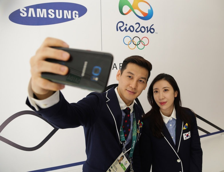 Samsung entregó teléfonos Galaxy S7 edge a los atletas olímpicos
