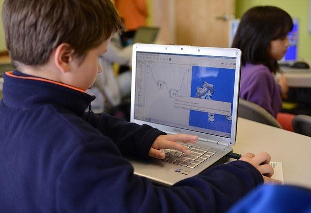 En Colombia, dos de cada diez niños conocieron a un extraño por internet