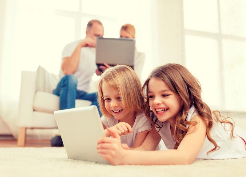 20% de los niños latinoamericanos pasan más de 2 horas conectados a Internet