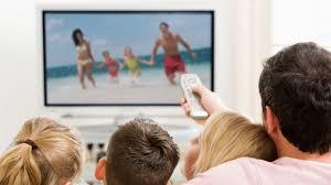 Colombianos, 7,3 horas semanales frente al televisor