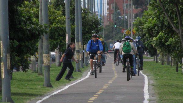 En Bogotá, 835 mil personas se movilizan en bicicleta. Perfil del usuario