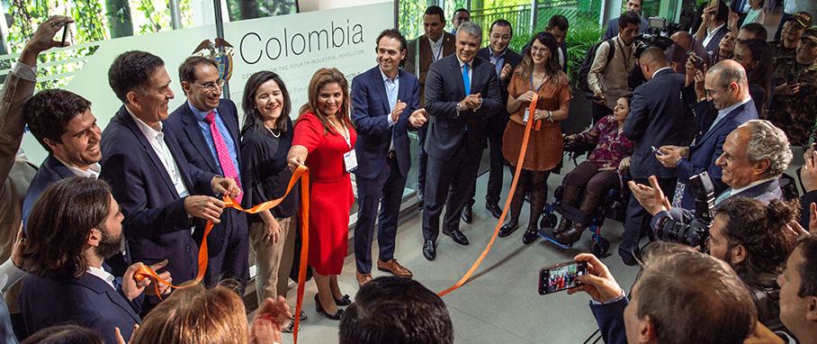Colombia asume liderazgo mundial en la 4ª Revolución Industrial. Abre centro de tecnología emergente en Medellín
