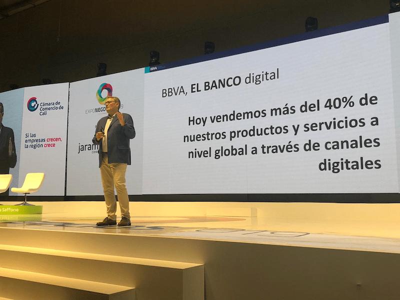 Canales digitales aumentan interacción de clientes con la banca: Presidente de BBVA