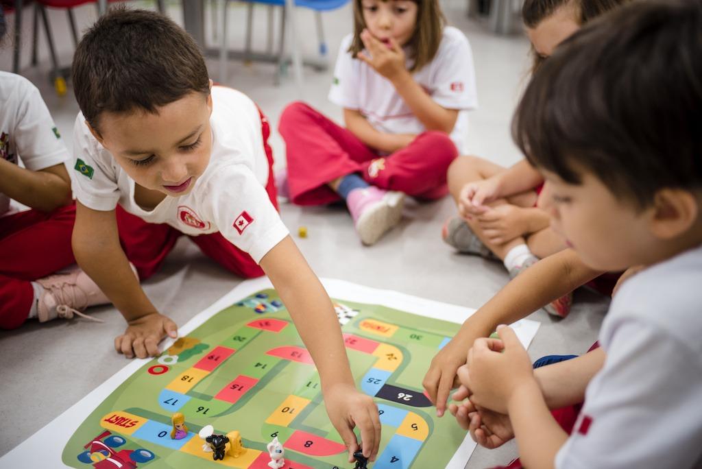 Colombia 'se raja' en su oferta de educación bilingüe