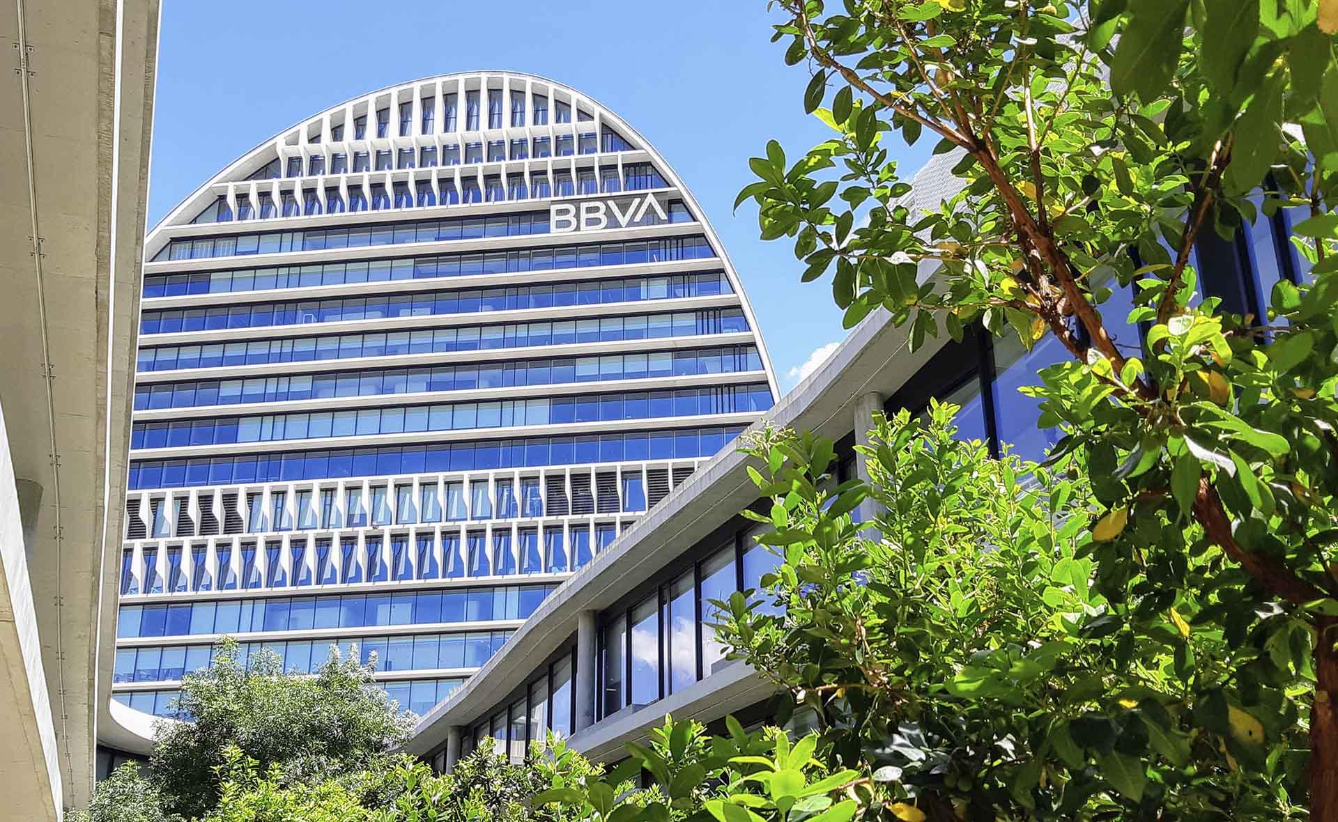 BBVA reporta utilidades por 1.258 millones de euros en el primer trimestre