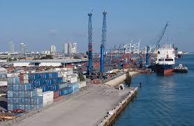 Estados Unidos aplaza 90 días pago de aranceles para importadores afectados por medidas preventivas del covid 19