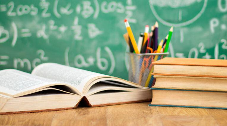 Matemáticas, lectura y programación habilidades necesarias para mejorar los niveles educativos