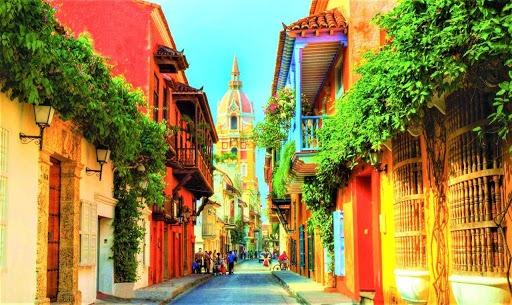 Airbnb solicita tiempo para cumplir con la futura ley de turismo sin afectar a colombianos y la reactivación del turismo